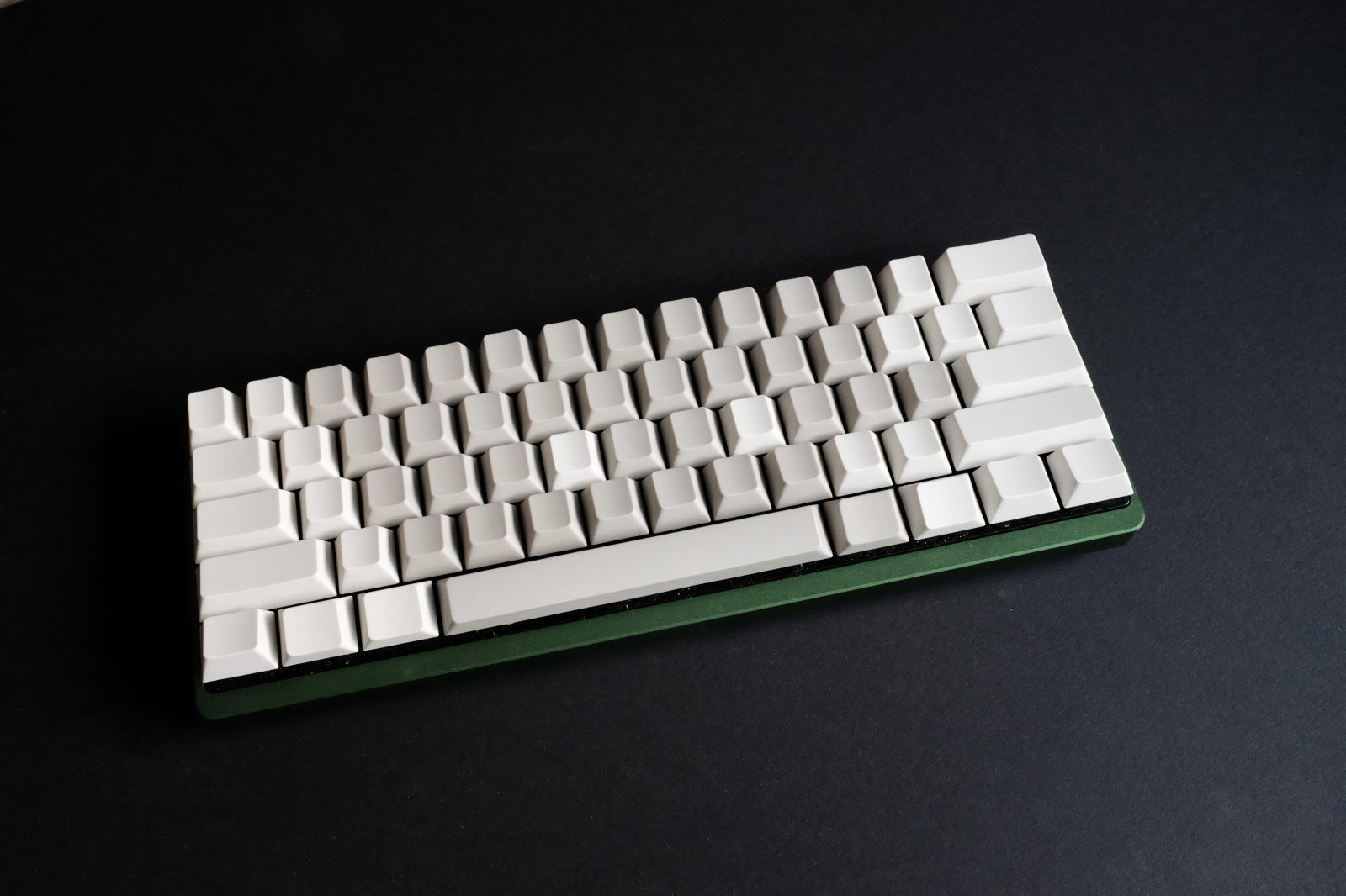 Poker 2 with Gateron light grey and biege keycaps